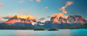Imagem dos lagos e montanhas de Tierra del Fuego